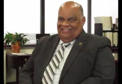 NSU President Moore announces his retirement