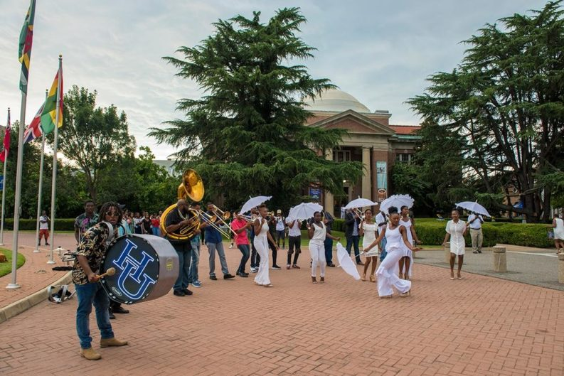 Hampton University hosts week-long museum conference with white party