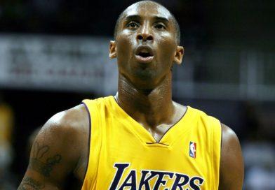 Kobe Bryant's Passing Stuns Generations of Athletes, Fans